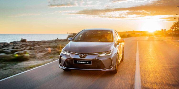 هيونداي تكشف عن السيارة الرياضية i20 N الجديدة 2021 Corolladesign-1-750x375
