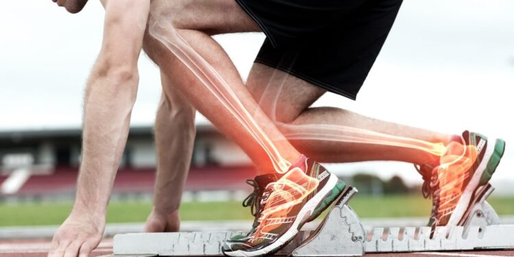أهم الطرق لتحسين صحة العظام وتجنب هشاشة العظام Bone_density_lbo-e1466067531170-750x375
